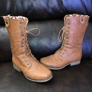 NWOT Boots by Stitches